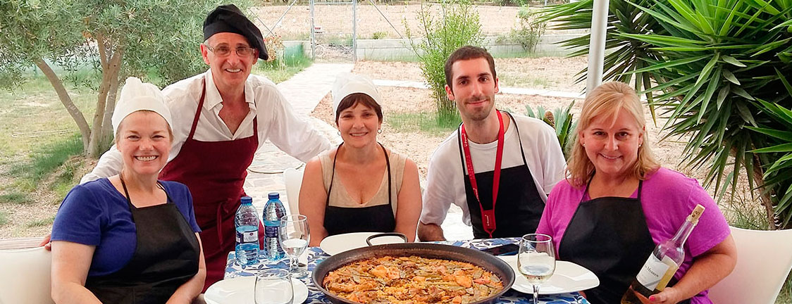 Cooking classes of the authentic paella valencian