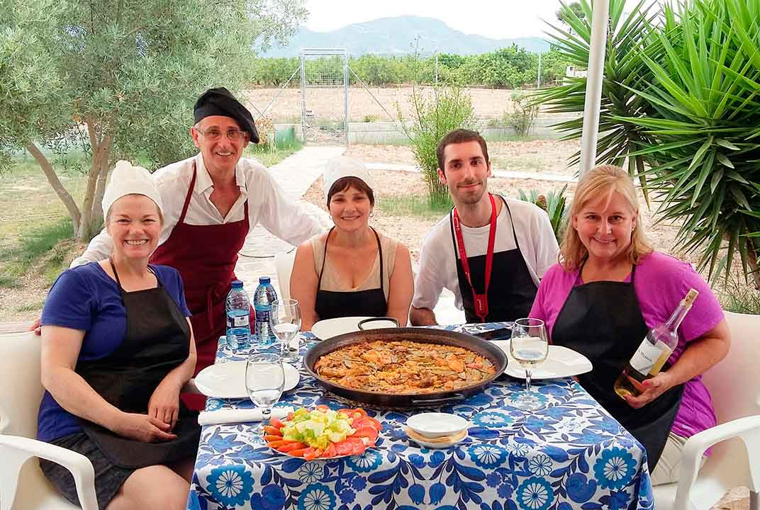 Authentic paella course